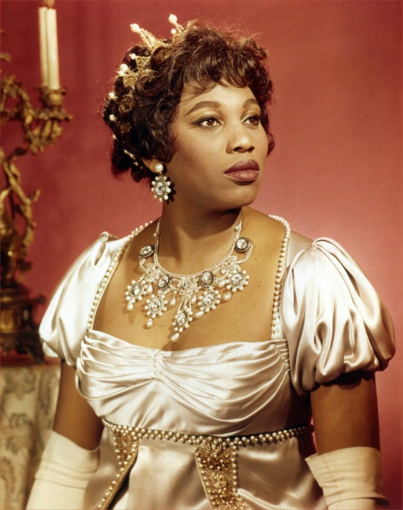 Leontyne Price as Tosca. Photo Met Opera Archives