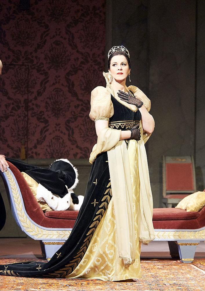 Angela Gheorghiu as Floria Tosca Wiener Staatsoper GmbH / Michael Pöhn https://www.wiener-staatsoper.at/en/season-tickets/detail/event/964932563-tosca/